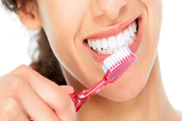معجون اسنان للتبييض